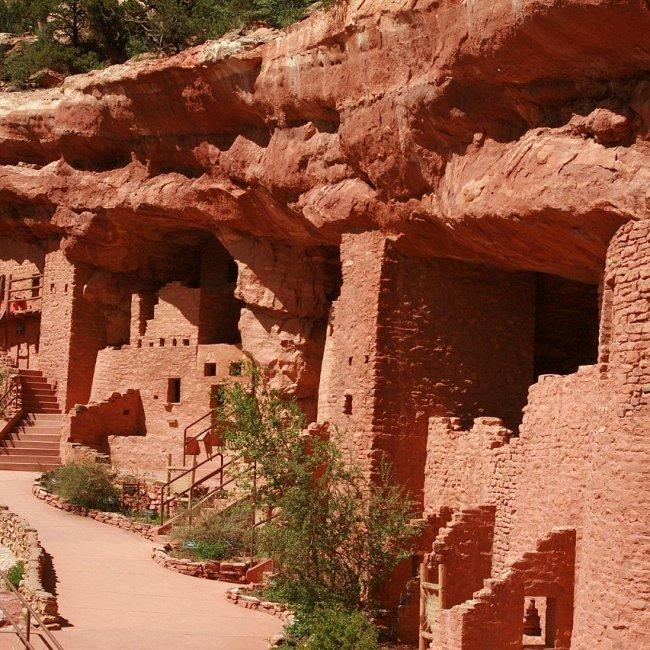 Manitou Cliff Dwellings, Manitou Springs, Colorado (Photo Credit: Wikipedia)