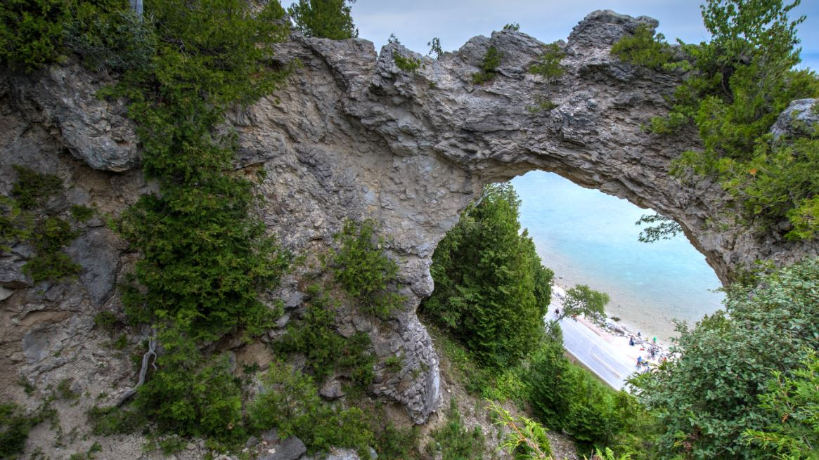 Arch Rock, Mackinac Island, MI (Photo Credit: Wikipedia)