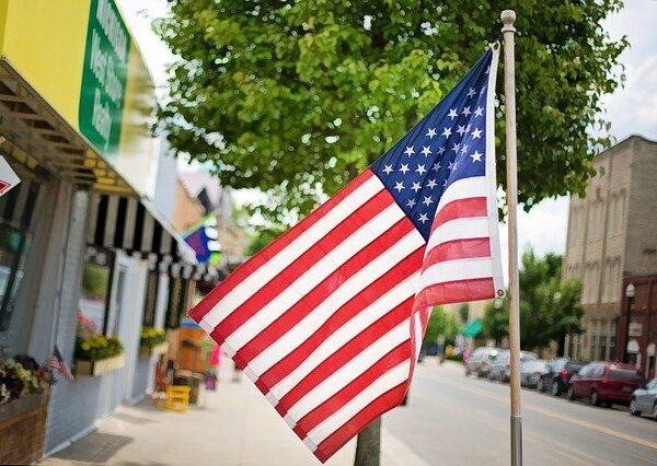 4th of July in a Historic Downtown (Photo Credit: Pixabay)