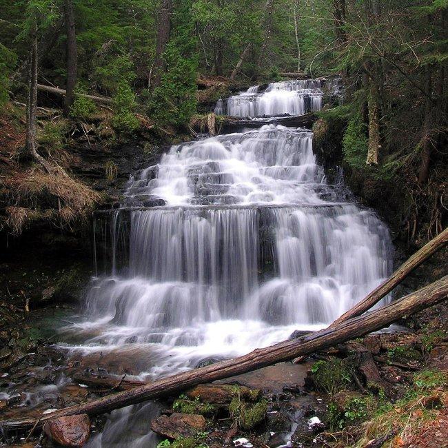 Wagner Falls, Munising, Michigan (Photo Credit; WIkipedia)