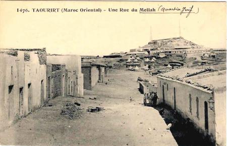 10548.RECIT DE LA VIE AU MELLAH DE TAOURIRT D'AUTREFOIS.