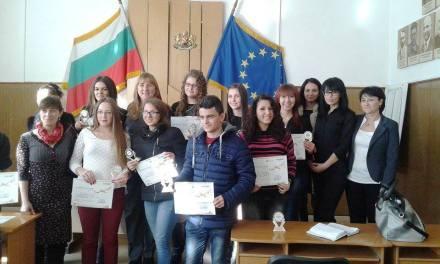 15-годишната Ванеса Янева стана кмет на Ракитово за един ден