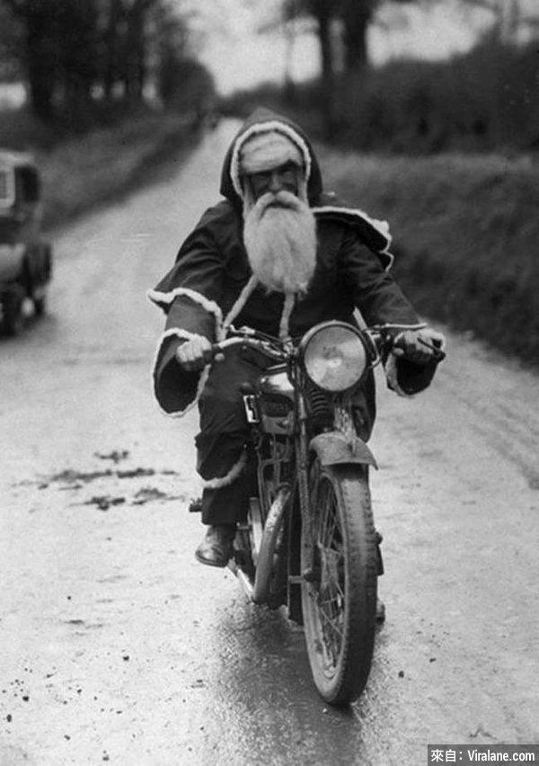 31個怪異驚嚇的聖誕老人,你敢收他們送出的禮物嗎?