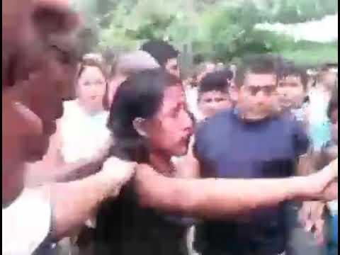 VIDEO: Her bliver pige brændt levende, fordi hun gik i kirke!!