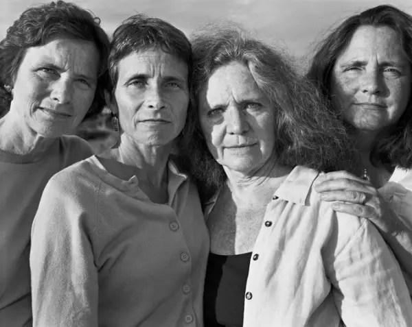 2006 imagen hermanas