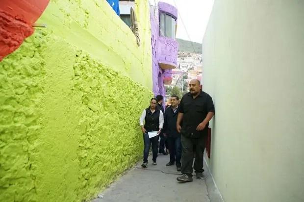 crew-germen-graffiti-town-mural-palmitas-9