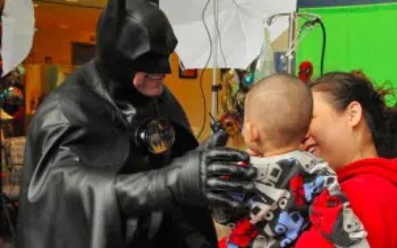 batman-niños-hospitales4