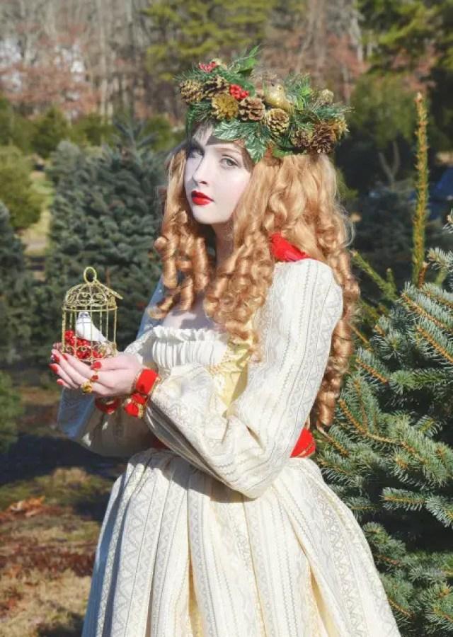 angela-diseñadora-vestidos-disney13