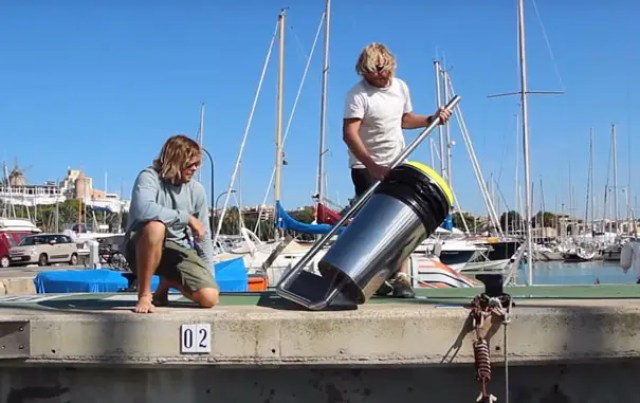 papelera-flotante-para-limpiar-el-mar1