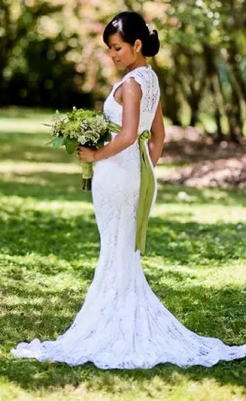 mujer teje vestido novia 4