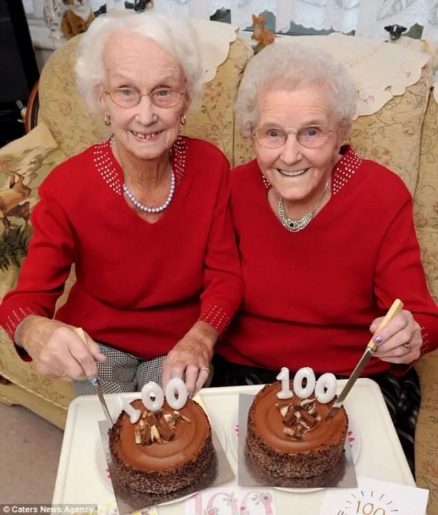 gemelas-cumplen-100-anos-05