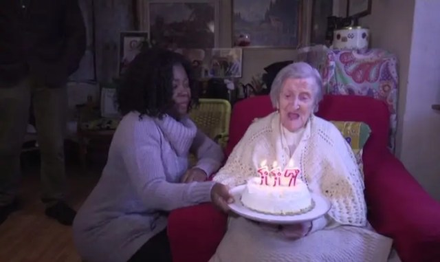 mujer-mas-vieja-secreto-1