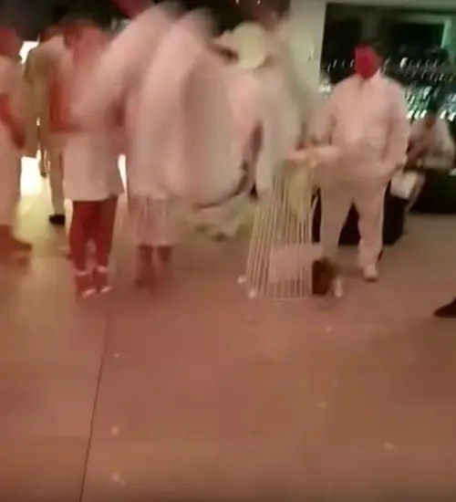 Bailarín rompe el suelo