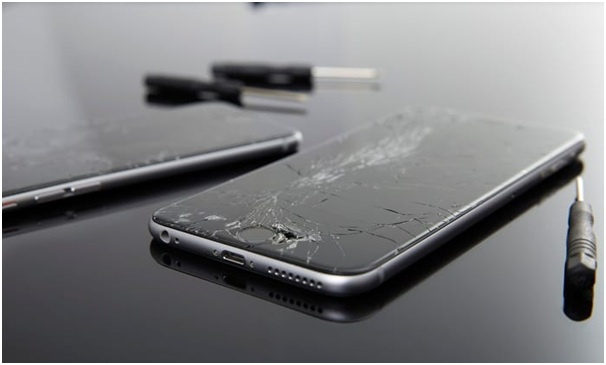 Reasons iPhone And iPad Screens Crack
