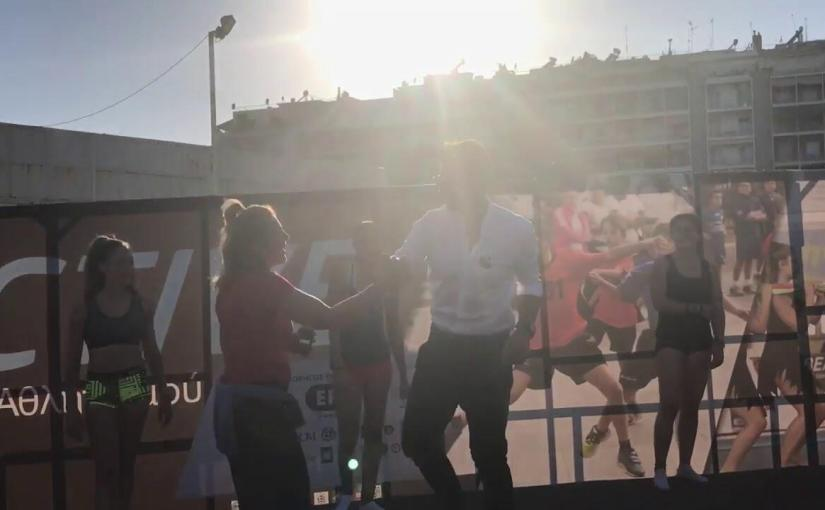 Ο Σάκης Ρουβας κάνει κατακόρυφο στην ΔΕΘ