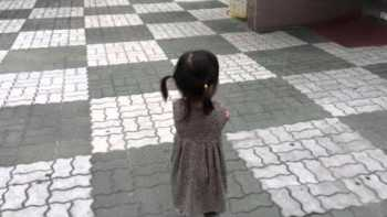 Little Korean Girl Is Adorably Excited Over Her Squeaking Shoes