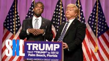 Larry David Returns In SNL's Recreation Of CNN Coverage Of Ben Carson Endorsing Donald Trump