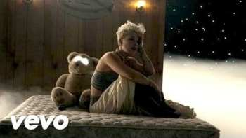 Pink Just Give Me A Reason Music Video
