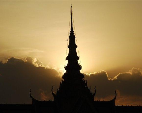 Phnom Penh – Tezatlar şehri