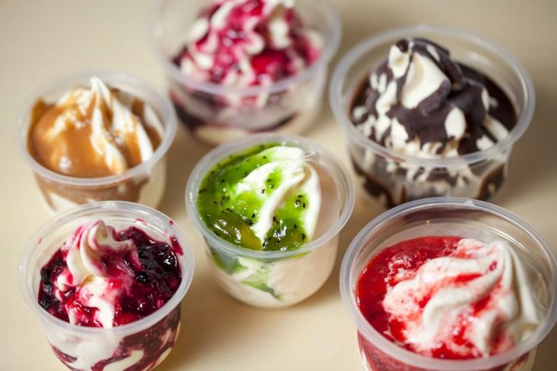 raccolta differenziata plastica contenitori usa-e-getta gelato