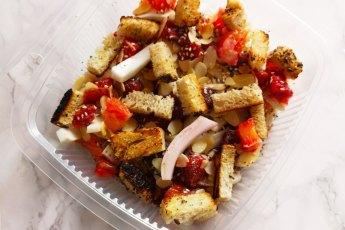 insalata di finocchi e bocconcini di salmone affumicato ricetta estiva preparazione procedimento virosac vaschette per alimenti