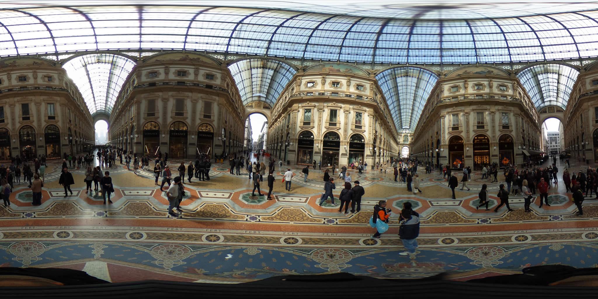 Galleria Vittorio Emanuale II Milano foto panoramiche