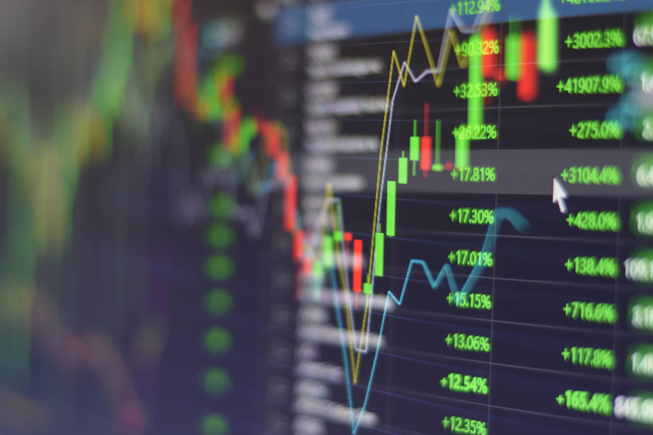 Curso PREMIUM de investimento em ações de Daniel Ladeira é bom, vale a pena, funciona