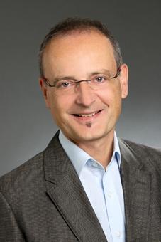 Reinhard Bauer