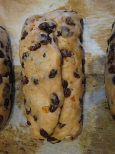 How to shape stollen if you want marzipan in it
