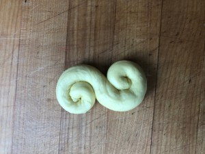 Lussebullar - simple and delicious saffron buns from Sweden 6