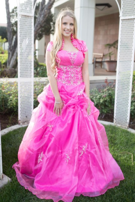 Looking for a Cheap Modest Prom Dress?