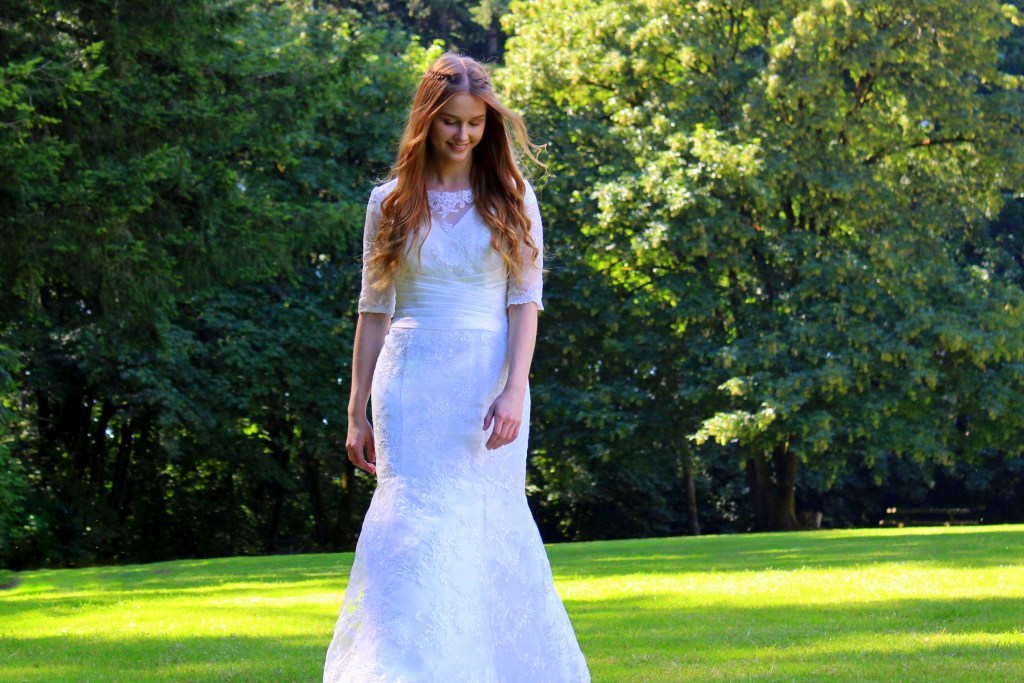 Heather Modest Wedding Dress