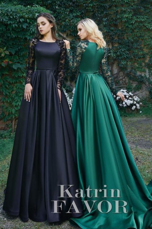Black Hunter Green Modest Prom Dresses Lace Sleeves