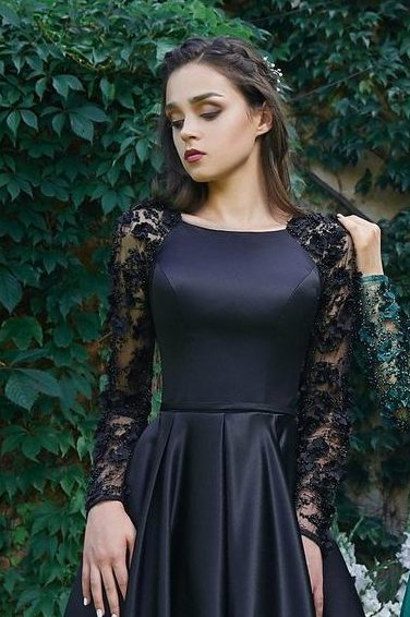 Close Up Black Modest Prom Dress 3D Lace Sleeves