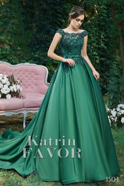 Dark Green Beaded Lace Bodice Satin Skirt Modest Prom Dress Cap Sleeves Train