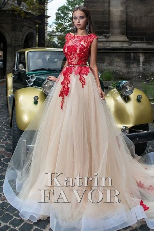 Red Beige Lace Applique Ballgown Skirt Modest Prom Dress Sleeves