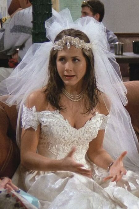 Jennifer Aniston Wedding Dress Pilot Friends Episode