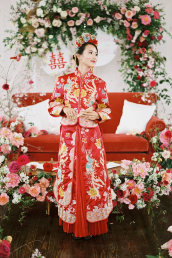 Modest Red Phoenix Chinese Cheongsam Wedding Dress Sleeves