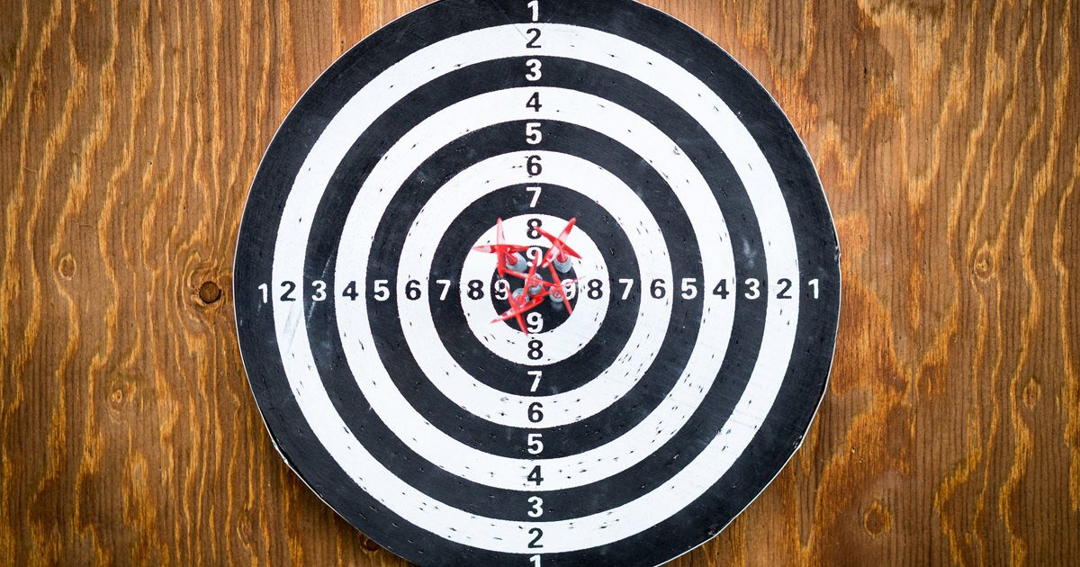 Setting marketing goals puts you on target.