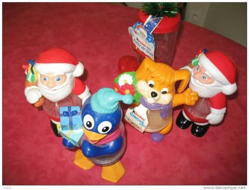 Photo de boites de Kinder Circus, en forme de lapin, pingouin et pères Noël.