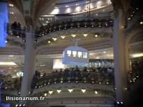 sapin-galeries-lafayette-06-zoom-aukey