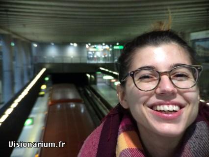 Portrait trop classe au terminus du métro D de Lyon, Gare de Vaise.
