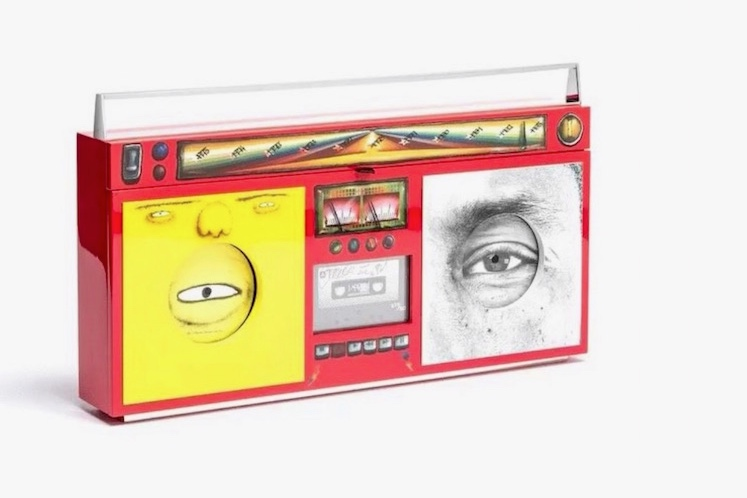 Os Gemeos, JR y Pharrell Williams presentan un Boombox