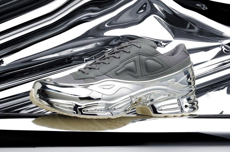 raf-simons-chrome-covered-ozweego-sneaker-adidas-designboom-5
