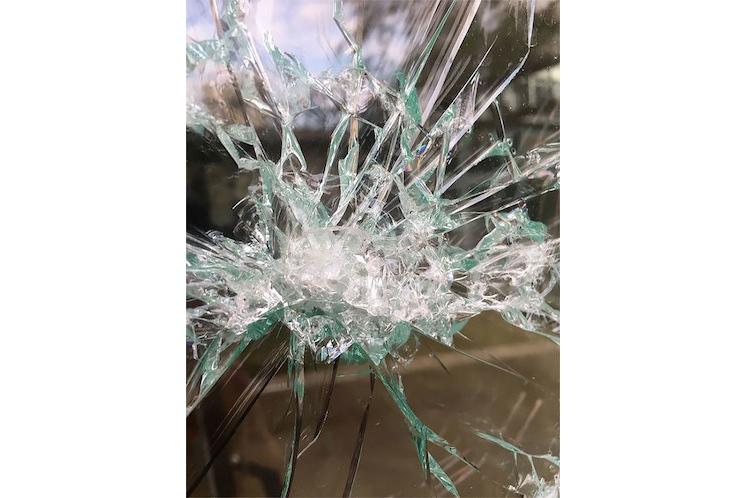 Simon Berger – Arte en vidrio con martillo 4
