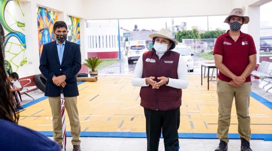 INAUGURA KARINA PÉREZ 1ER PLANTA PURIFICADORA DE AGUA PARA CONSUMO HUMANO