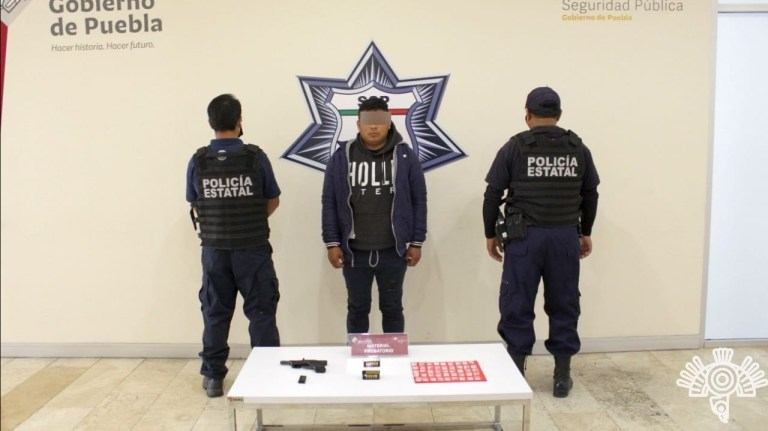 CAPTURA POLICÍA ESTATAL A PRESUNTO VENDEDOR DE ARMAS Y DROGA