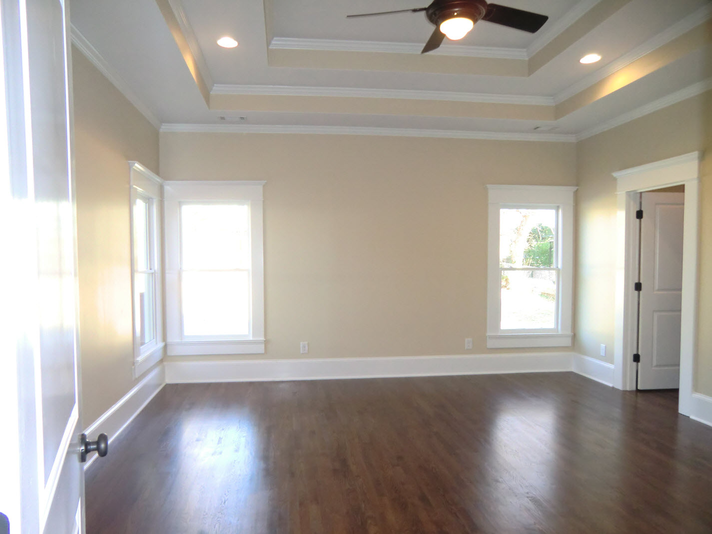 Enormous Master Bedroom With Double Trey Ceiling Vision