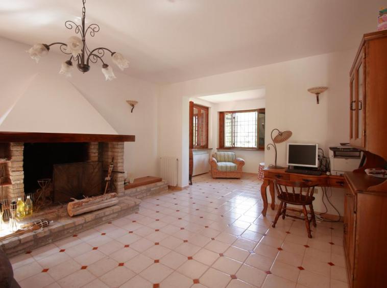 9 - Giove - Villa con Piscina - Salone