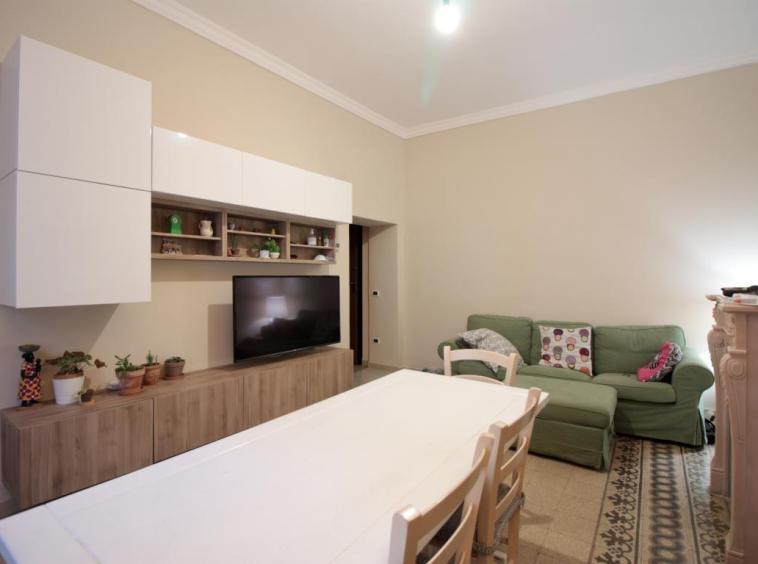 5 - Amelia - Via della Repubblica - Appartamento - Salone Vista 3